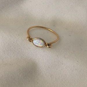 14k Gold & Opal Ring